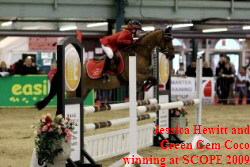 Jessica Hewitt and